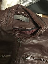 Brown leather jacket size small  Toronto, M9M 2B7