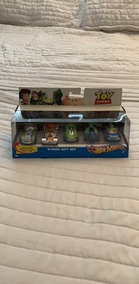 Toy story hot wheels 5 pack