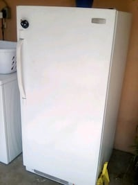 white single-door Frigidair Freezer Carson, 90745