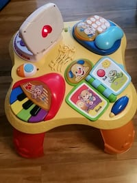 Fisher Price Plat table Springfield, 22153