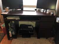 Used desk with drawers New York, 10010