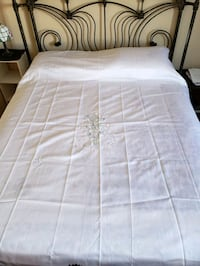 Satin Bed cover Queen Size