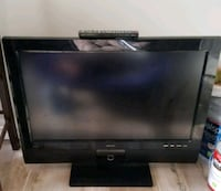 black flat screen 40 inch tv with remote Greenbelt, 20770
