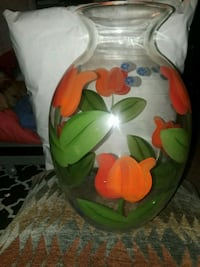 Beautiful vase excellent condition null