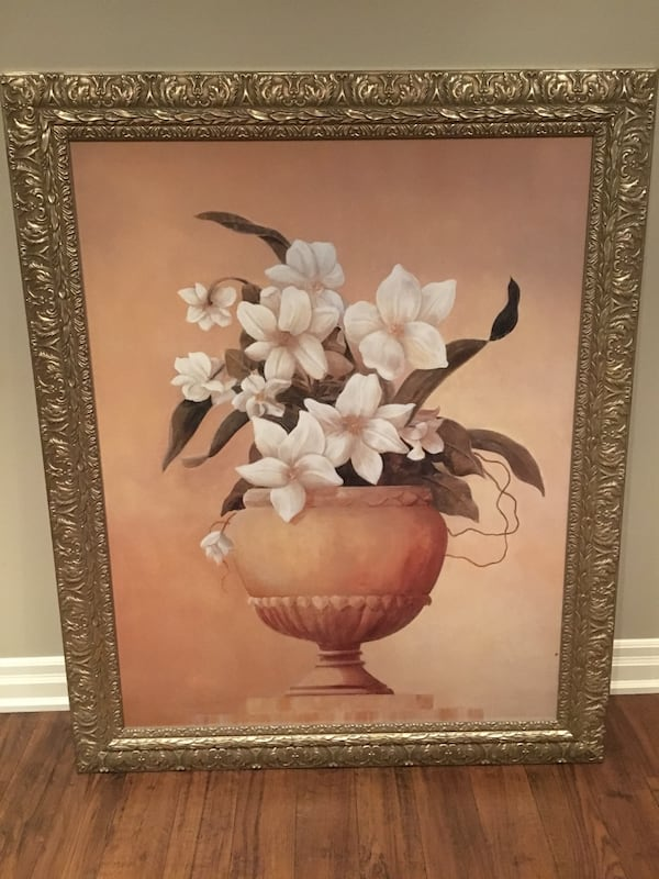 Large Flower painting with gold ornate frame e3047105-2972-43c8-b901-fcdca2c90089