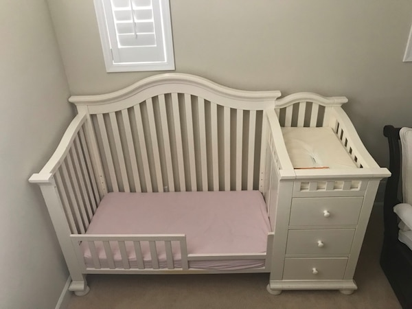 newest 5210b 6a87e Cape Cod Crib and Changer + Toddler Bed conversion kit (as shown)+ Full Bed  conversion kit. (By Sorelle)