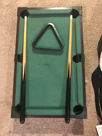 Mini Pool table for sale or trade Mississauga, L5N 4K5
