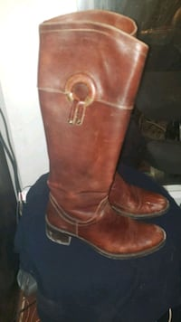real leather boots size 8  Calgary, T3C 2E6