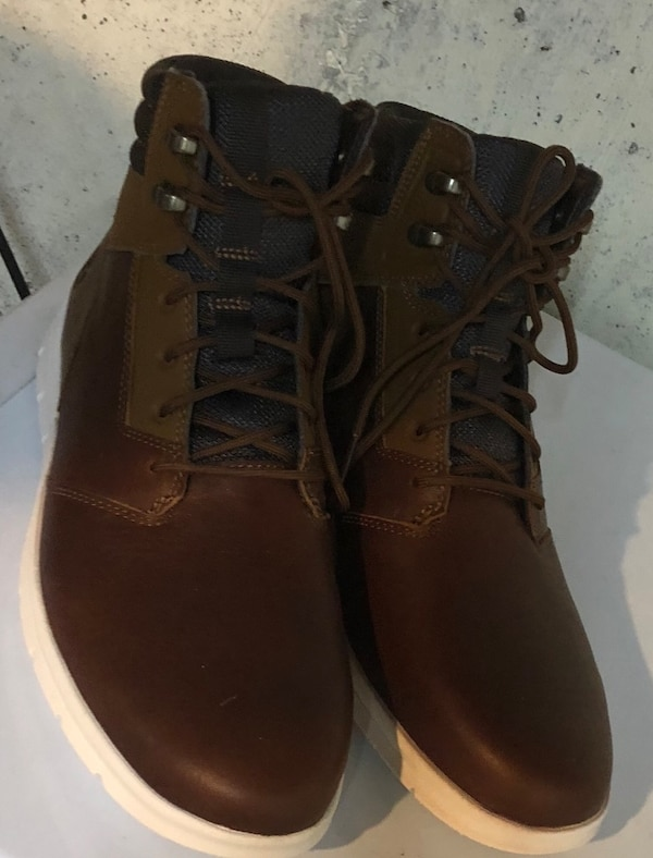 Timberland men's shoes, brand new, size 9