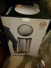 Simple Human 35L Garbage Can NEW Brooklyn, 11233