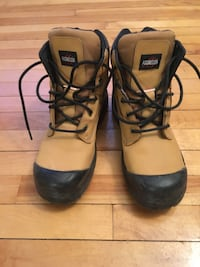 Safety boots / safety shoes 50$ (Can/US 9) Halifax, B3J 1B6