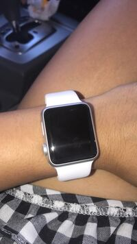 Silver aluminum case apple watch with white sports band Bakersfield, 93312