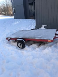 Mini tilt 2000llb trailer.