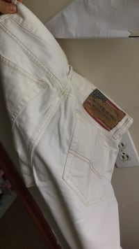 white and red denim bottoms Duluth, 30096