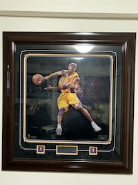 Kobe Bryant Autograph 42/50 Authentic With Certificate  552 km