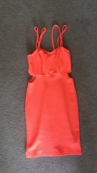 Charlotte Russe Coral Dress Red Deer, T4R 3R5