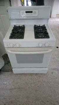 GE GAS range.   Works perfect  Caledon, L7E 4W1