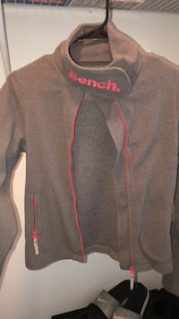 Kids bench sweater  Mississauga, L5N 7W3