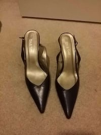 Size 8.5 shoes Guelph, N1E 7K3