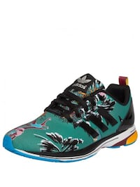 Adidas zx flux tech shoes - brand new! sold out everywhere! Pointe-Claire, H9R 5B1