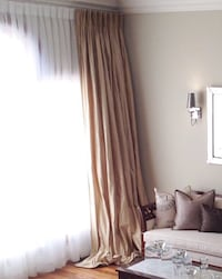 100% silk curtains (2 panels) Laval, H7W 1S3