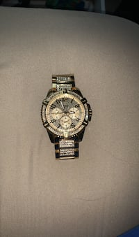 MENS GUESS ICED OUT WATCH