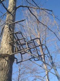 2 person hunting stand $90 or best offer