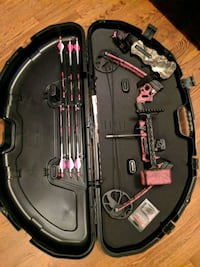 Women's, youth, pink camo LH Mission compound bow  Hampton, 23666