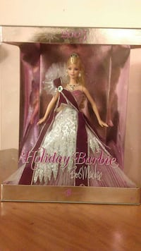 2005 Mint condition Barbie Holiday Doll Edition Knoxville, 37920