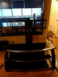 Tv stand with flat screen mount Toronto, M9N 1G8