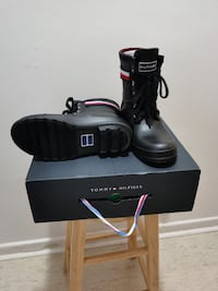 Tommy hilfiger winter boots
