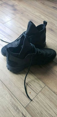 pair of black low top sneakers Edmonton, T5J 1A7