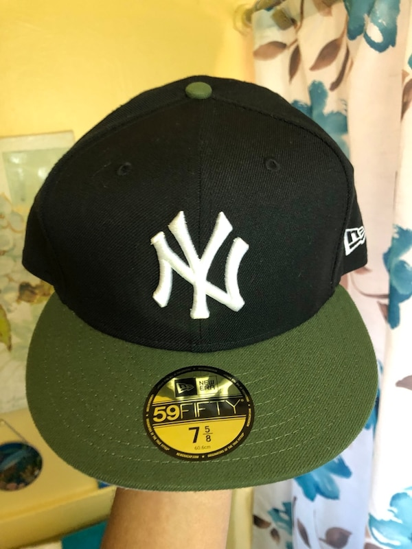5c07746310d8c Used black and green New York Yankees fitted cap for sale in New York -  letgo