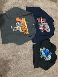 Size 4-5 boys sweatshirts  Halethorpe, 21227