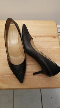 Heels by Nine West size 8 leather pointy toe Mobile, 36608