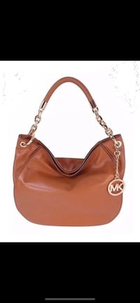 Michael Kors purse Montreal, H4R 1Y8