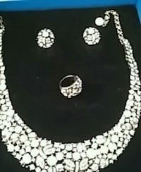 Great xmas gift new ring . necklace. Earrings. Rin Phoenix, 85020