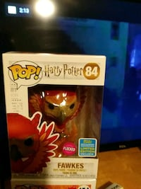 Limited edition flocked funko pop Manchester, 03101