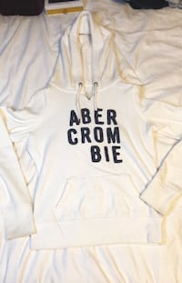 Abercrombie Sweater Guelph, N1H 7K1