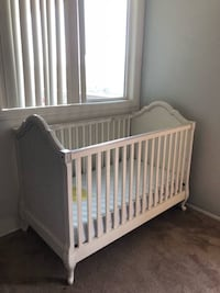Pottery Barn Crib 2258 mi