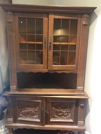 Antique Hutch Richmond Hill, L4E 2R1