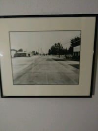 Framed black-and-white photos 2279 mi