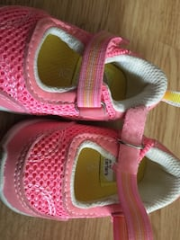 Shoes for girl different size 0-24 months Chambly, J3L 4E2