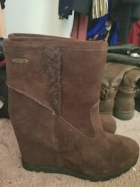 pair of brown suede boots Colesville, 20905
