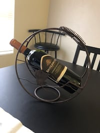 Wine rack/bottle holder