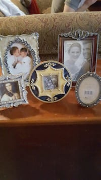 5 brand new picture frames  Owasso, 74055