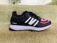 Pink running shoes size 8 women  Centreville, 20121
