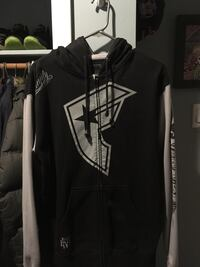 Famous Zip-up Hoodie  London, N6J 3Z8