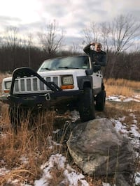 1999 Jeep Cherokee Forest City