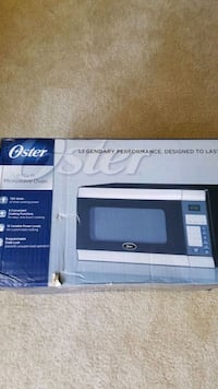 Oster 0.7 cu. Ft. Countertop microwave oven North Bethesda, 20852